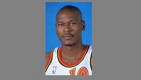 Former NBA star Blaylock faces charges in fatal crash.